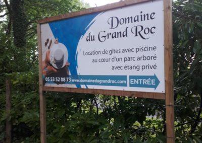 Panneau entrée Domaine du Grand roc Parc arboré